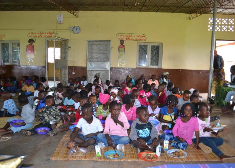Auci – Promozione dell'educazione, nutrizione e assistenza sanitaria per le famiglie di Mafuiane