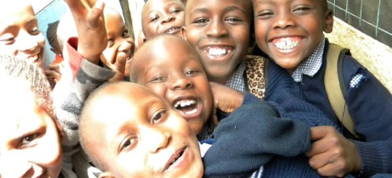 """SVI – """"No one out! Empowerment per l'inclusione giovanile negli slum di Nairobi"""""""