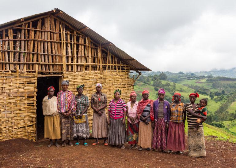 """CVM – """"Donne della foresta: sostenibilità e integrazione attraverso l'apicoltura"""""""