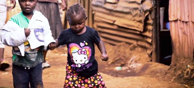 """SVI – """"No One Out – Empowerment per l'inclusione giovanile negli slum di Nairobi"""""""