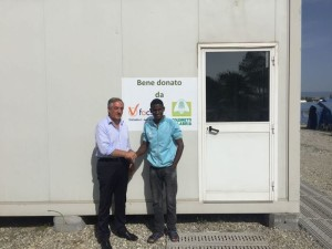Coldiretti e Focsiv donano due container attrezzati a campo accoglienza San Ferdinando